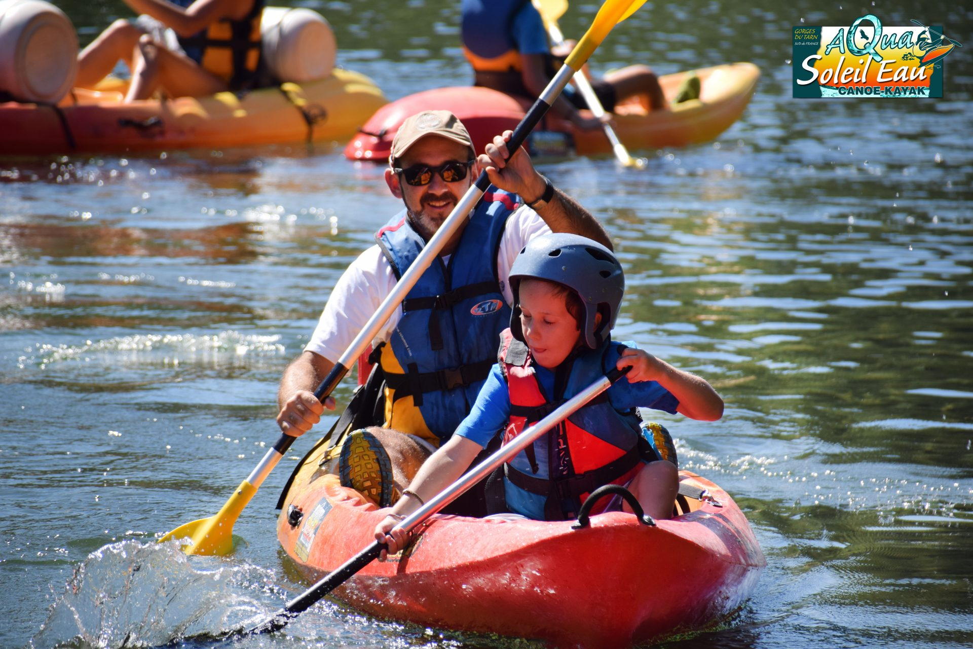 canoe in familly Tarn Gorges activities, leisure familly outing with children