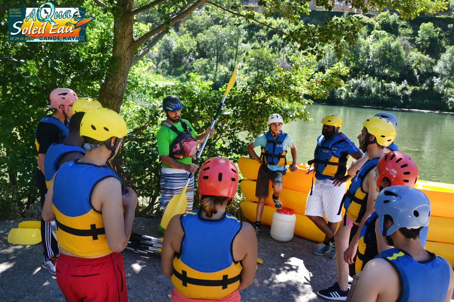 Sortie canoë Gorges du Tarn en groupe avec guide naturaliste de rivière Aveyron Lozère